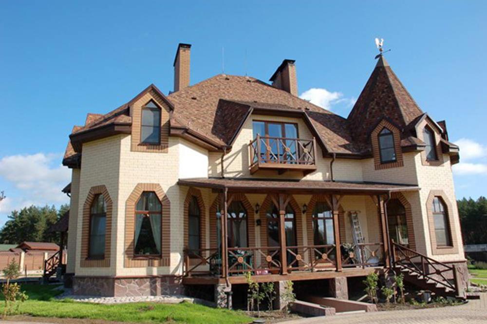 Фото домов из кирпича слоновая кость и шоколад 337